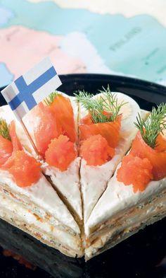 Suomalainen rieskakakku | Maku Savory Snacks, Easy Snacks, Keto Snacks, Great Recipes, Snack Recipes, Finnish Recipes, Savory Pastry, Sandwich Cake, Sweet And Salty