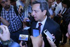 <p>*Hechos como los de Villa Ahumada, advierten el peligro de abandonar institucionalmente a un Municipio, advierte fiscal general, César Peniche.<br