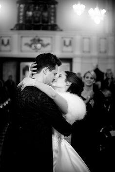 Gänsehaut-Hollywood-Feeling. #hochzeit #heirat #heiraten #kirche #braut #bräutigam #wedding #weddings #foto #photography