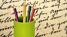 Brain scans during the two activities also show that forming words by hand as opposed to on a keyboard leads to increased brain activity #handwriting #cursive