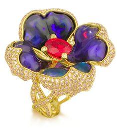 Katherine Jetter's eponymous Australian Opal Jewelry Brand combines innovative designs with exquisite gemstones.