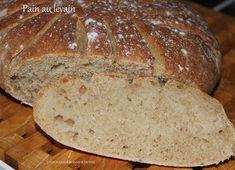 Bonjour!! Ce matin,je vous propose une nouvelle recette de pain au levain et quel pain!!! Une mie alvéolée comme on aime,un bon goût de pain maison... Préparation 8mn Repos 4h Cuisson 30mn Ingrédients pour 2 pains de 460g 500g de farine de blé T80 bio...