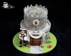 Something like this with a little baby prince on top would be cute. Mini Castle with Renaissance Knight Cake by Sweet Treasures Knight Cake, Knight Party, Fondant Cakes, Cupcake Cakes, Cupcakes, Rocket Cake, Character Cakes, Birthday Parties, 16th Birthday