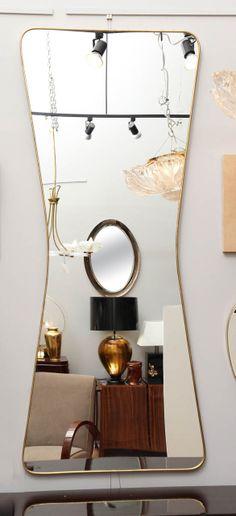 Insane Tips: Wall Mirror Interior Exposed Brick round wall mirror colour. Wall Mirror With Shelf, Wall Mirrors Entryway, Small Wall Mirrors, Rustic Wall Mirrors, Contemporary Wall Mirrors, Round Wall Mirror, Modern Wall, Wall Mirror Ideas, Modern Mirrors