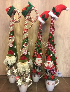 www.tulivirag.hu Cone Christmas Trees, Winter Christmas, Christmas Stockings, Christmas Crafts, Christmas Decorations, Xmas, Holiday Decor, Grinch, Rustic