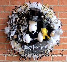Peanuts Happy New Years Snoopy and Woodstock Wreath, custom for Jessica