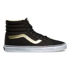 In celebration of 50 years Off the Wall, the 50th Anniversary collection honors the timeless style, legendary ambassadors, and iconic moments that have led to Vans becoming known as the brand that has enabled creative expression since 1966. Featuring sturdy canvas and textile uppers with a classic gold sidestripe, the 50th Anniversary Sk8-Hi Reissue also includes gold detailing, padded collars, and signature rubber waffle outsoles.