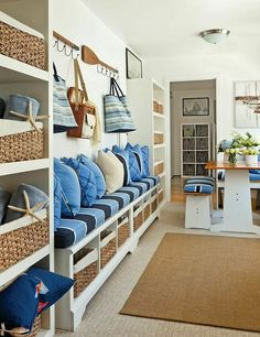 Mudroom Bench. Custom Mudroom Bench Ideas. Mudroom with storage bench and open…