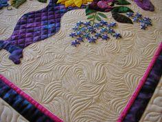 Creative Quilting by Debbie Stanton: June 2014 clamshell McTavishing