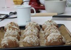 Schoko-Nusskipferl - Backen mit Christina ... French Toast, Bakery, Muffin, Brunch, Food And Drink, Bread, Breakfast, Creative, Blog