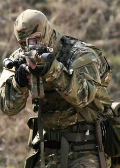 This Operator looks every bit the part #military #special forces #operator #navyseals