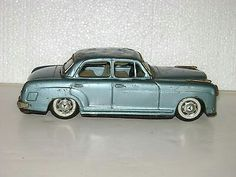 VINTAGE 8 INCH BANDAI MERCEDES BENZ 2/9 TIN FRICTION CAR FOR PARTS OR FIX UP $14.00Approx NOK116.64