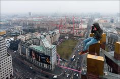84 Illegal Photographs That Urban Climbers Risked Their Lives To Take