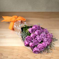 Ramo de rosas para mamá. 25 Rosas color lila para un día tan especial. #FloresParaMamá #RegalosParaMamá
