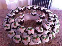 - christmas pud cake pops