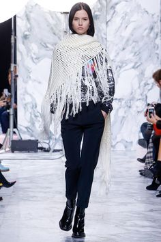 http://www.vogue.com/fashion-shows/fall-2016-ready-to-wear/carven/slideshow/collection