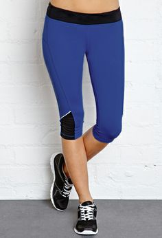 Zip Pocket Performance Capris | FOREVER21 - 2000107108 $17.80