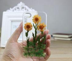 A phone case for the flower-gardener.