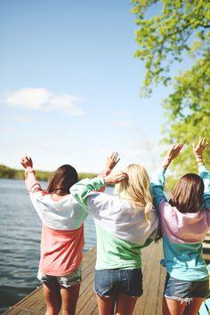 Beachcomber dance party! #laurenjames #beachcomber #bestfriends #danceparty #lakeday #summertime #southern Girlfriends Getaway, Lauren James, Spirit Jersey, Girls Weekend, Dress For Success, Simple Style, Dress To Impress, Lounge Wear, Preppy
