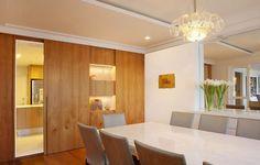 Image result for painel laca branca brilhante parede inteira porta corredor