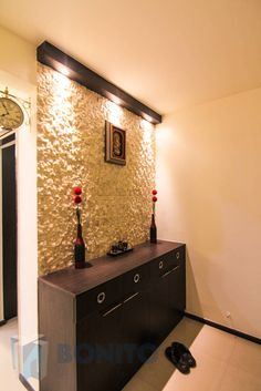 Here you will find photos of interior design ideas. Get inspired! unit design With Stone Cladding Modern balcony, veranda & terrace by homify modern Living Room Partition Design, Pooja Room Door Design, Room Partition Designs, Home Room Design, Home Interior Design, Home Entrance Decor, Apartment Entrance, Entryway Decor, Rustic Entryway