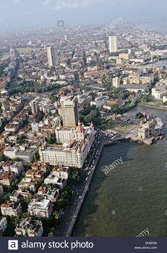 aerial-view-of-gateway-of-india-at-mumbai-maharashtra-india-DH2R36.jpg (917×1390)