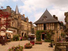 plus beaux villages de france The Places Youll Go, Places To See, Yvoire, Farm Village, Region Bretagne, Brittany France, Medieval Houses, Beaux Villages, France Travel