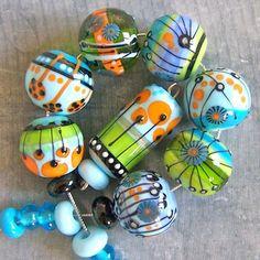 MruMru Handmade Lampwork Glass Bead  set. Sra. by magdalenaruiz