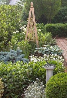 Front Garden Decor Ideas- Enhance Your Front Entrance With These ideas! – Page 6685160933 – Gardening Decor Small Gardens, Outdoor Gardens, Cottage Garden Design, Cottage Garden Plan, Front Yard Landscaping, Landscaping Tips, Landscaping Borders, Garden Structures, Plantation