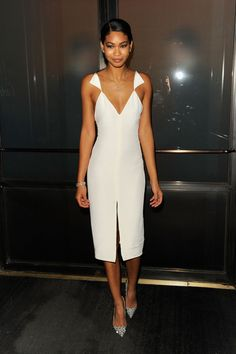 Simple and sexy, perfect for a summer night out. Chanel Iman in Cushnie et Ochs dress.