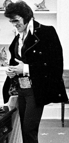 Elvis at The White House meeting President Nixon