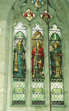William morris and Ford Maddox Brown  Windol  St Michael and all anAngles Church