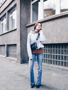 30+ HOODIE UND SWEATER OUTFITS Ideen | outfit, modestil