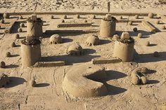 15 Wonderfully Geeky Sand Sculptures