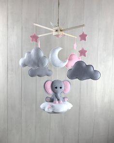 Baby mobile – elephant mobile – cloud babies – cloud mobile – pink and grey – girl nursery – elephant nursery decor - Babyzimmer Cloud Mobile, Baby Mädchen Mobile, Elephant Nursery Girl, Elephant Mobile, Elephant Baby, Nursery Room, Baby Room, Nursery Grey, Baby Girl Nursery Pink And Grey