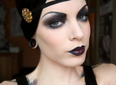 Bilderesultat for flapper makeup