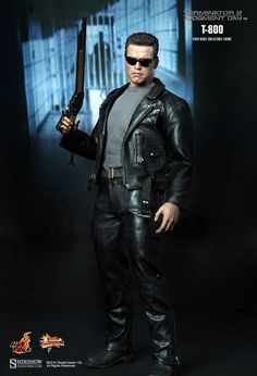 Hot Toys : Terminator 2: Judgment Day -  Arnold Schwarzenegger as T800  1/6th scale collectible figure