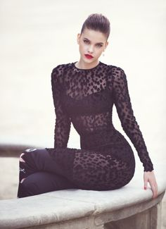 #pose #fashion #model #elle