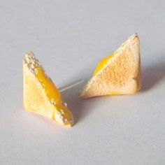 Hey, I found this really awesome Etsy listing at https://www.etsy.com/listing/196838558/grilled-cheese-earrings-plastic-post