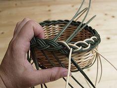 Obrazek Paper Basket Weaving, Rattan, Macrame, Bracelets, How To Make, Leather, Handmade, Matisse, Jewelry