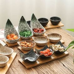 Creative Japanese style ceramic dish Wooden tray dried fruit snack candy dish Divided dish sauce sauce dish – In-house Factory Slab Pottery, Pottery Bowls, Ceramic Pottery, Thrown Pottery, Ceramic Tableware, Ceramic Bowls, Glazed Ceramic, Vase Deco, Bowls