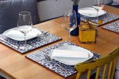 Spain dining guide: Spanish restaurant etiquette. When and IF to tip, and how much.