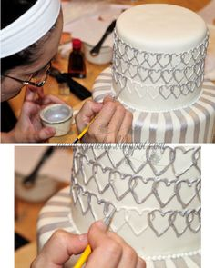 Silver and White Engagement Cake Tutorial Cupcakes, Cake Cookies, Cookies Et Biscuits, Cupcake Cakes, Cake Decorating Techniques, Cake Decorating Tutorials, Cookie Decorating, Decorating Cakes, Cake Decorations
