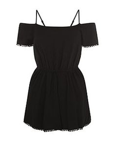 Combi-short ado noir à bordure en crochet et épaules dénudées | New Look