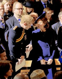 Kate chatting with brother in law Harry at Service of Commemoration March 2015