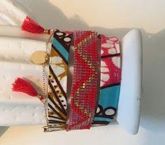 """Manchette """"Mangrove"""" bracelet multi-rangs tissu wax africain, perles miyuki délicas, chaîne dorée,  pompons et breloques  : Bracelet par palm-trees-and-coconuts"""