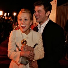 Pin for Later: A Look Back at Years of Glamorous Golden Globes Reese Witherspoon had her husband Ryan Phillippe by her side when she won best actress for Walk the Line in Ryan Phillipe Cruel Intentions, Ryan Philipe, Reese Whitherspoon, Best Duos, Famous Couples, Old Love, Hallmark Movies, Movie List, Celebs