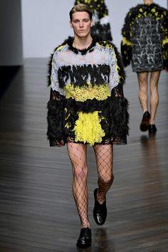 Esto es moda, arte o un exceso de locura aplaudido por muchos?