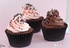 Suklaa-vadelma cupcakes   Meira