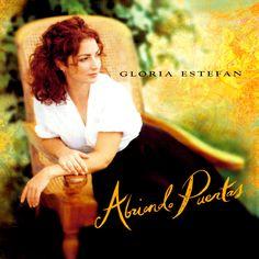 Abriendo Puertas è forse il lavoro più ragionato e allegro, un'autentica perla. Clikka il post http://longplaying-90s.com/abriendo-puertas-gloria-estefan-recensione-tracklist/